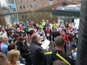 Dick Kearn RD, start line briefing at Gas St Basin